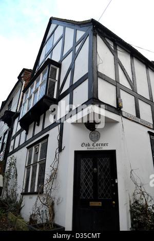 Medieval half-timbered house on Mermaid Street in Rye, England. Oak Corner House was rebuilt in 1490. - Stock Photo