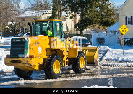 Feb. 9, 2013 - Merrick, New York, U.S. - After Blizzard Nemo hits Long Island South Shore communities, which are - Stock Photo