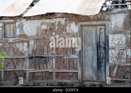 Abandoned house detail of wall built from mud and sticks Totoral village Atacama (III) Chile South America - Stock Photo