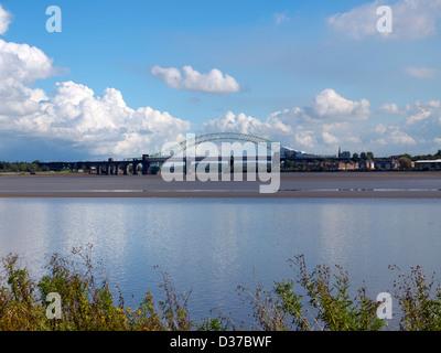 Runcorn and Widnes Silver Jubilee bridge over the river Mersey. - Stock Photo