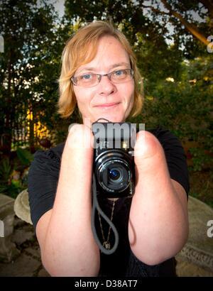 VEREENIGING, SOUTH AFRICA: Elize Henwood on February 2, 2013, in Vereniging, South Africa. Elize lost both her hands - Stock Photo