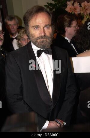(dpa) - Italian actor Franco Nero at the 20th Opera Ball in Frankfurt, 23 February 2002.  Nero was one of the international - Stock Photo