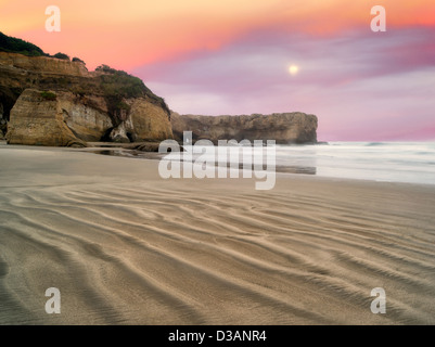 Beach at Devil's Punchbowl State Natural Area. Oregon - Stock Photo