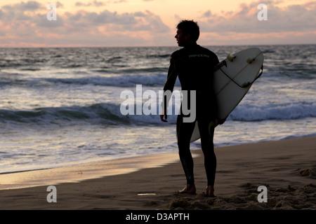 Lacanau, France, surfers on the beach in Lacanau-Ocean - Stock Photo