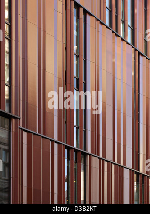 28 South Molton Street, London, United Kingdom. Architect: DSDHA, 2012. Close-up of folded terracotta panels. - Stock Photo