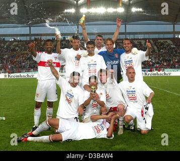 (dpa) - The players of VfB Stuttgart pose for a team picture in the Daimler stadium in Stuttgart, Germany, 27 August - Stock Photo