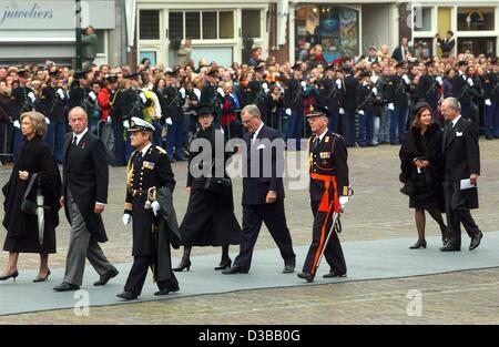 (dpa) - (L-R) Queen Sofia and King Juan Carlos of Spain, Queen Margrethe II. and Prince Henrik of Denmark, and Queen - Stock Photo