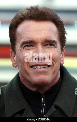 (dpa) -  Austrian-born Hollywood star Arnold Schwarzenegger in best mood at the Hahnenkamm race in Kitzbuehel, Austria, - Stock Photo