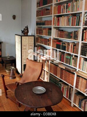 (dpa files) - A view of the office of German author Bertholt Brecht, where he used to have an early tea every morning, - Stock Photo