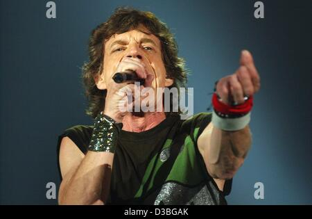 (dpa) - The frontman of the Rolling Stones, Mick Jagger, performs during the first concert of the European leg of - Stock Photo