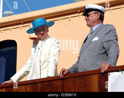 (dpa) - Queen Margrethe II of Denmark and her husband ...