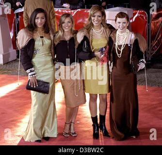 (dpa files) - The members of the German girl group No Angels, (from L:) Nadja, Sandy, Vanessa and Lucy, arrive to - Stock Photo