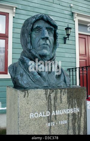 Statue of notorious Norwegian explorer Roald Amundsen in Tromso, Norway - Stock Photo