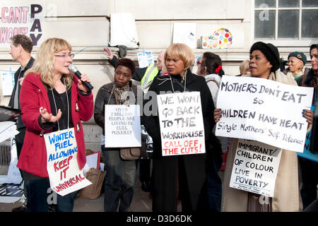 London UK. 16th February 2013.  Speakers at a protest organised by Fuel Poverty Action outside the Department of - Stock Photo