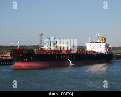 Oil tanker Cielo Di Parigi berthed at the Esso Fawley oil refinery Hampshire England UK - Stock Photo