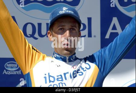 (dpa) - Spanish cyclist Juan Antonio Flecha (Team iBanesto) cheers after winning the 11th leg of the Tour de France - Stock Photo