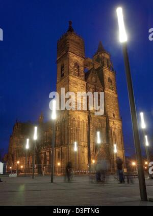 (dpa) - The Saint Mauritius and Saint Katharina Cathedral in Magdeburg, Germany, is lit up at night, 4 February - Stock Photo