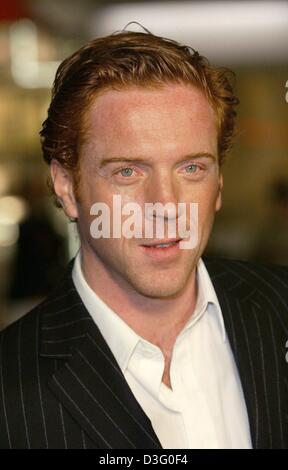 (dpa) - US actor Damian Lewis ('Dreamcatcher', 'Robinson Crusoe') arrives at the premiere of the movie 'Dreamcatcher' - Stock Photo