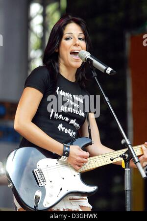 Ira Losco, 21-year-old singer from Malta, performing in Cologne, 15 August 2004. - Stock Photo