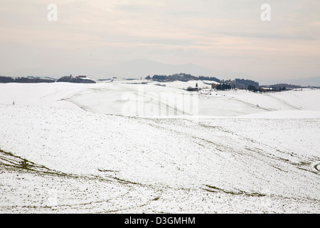 snow, crete senesi, tuscany, italy, europe - Stock Photo