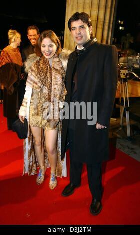 (dpa) - Actress Naike Rivelli, the daughter of Italian actress Ornella Muti, and her new boyfriend Algen Nikolla - Stock Photo