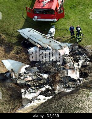 (dpa) - An aerial view of the wreckage of two German Tornado fighter jets which collided in mid-air near the town - Stock Photo