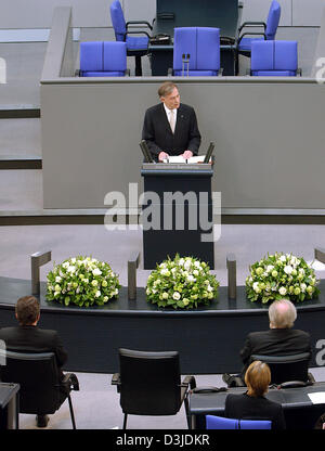 (dpa) - German President Horst Koehler holds a speech during an hour of remembrance at the German Bundestag parliament - Stock Photo