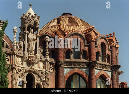(dpa) - A colourful mixture of mediaeval and arabic features shape the art nouveau architectural style of the 'Hospital - Stock Photo