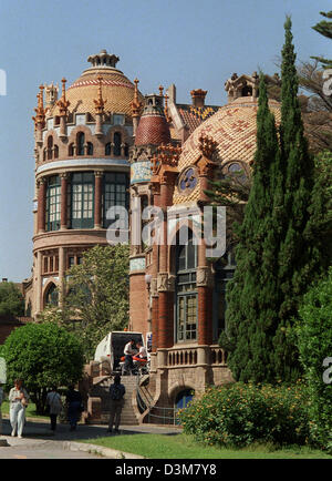 (dpa files) - A colourful mixture of mediaeval and arabic features shape the art nouveau architectural style of - Stock Photo