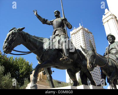 (dpa) - A view of the statues of the famous literary characters Don Quixote and Sancho Panza (R) located near the - Stock Photo