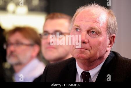 Munich, Germany. 21st February 2013. Uli Hoeness, president of Bayern Muenchen attends a press-conference of the - Stock Photo