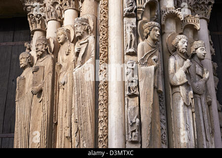 West Facade, Central Portal - Right Jamb Figures- General View c. 1145. Cathedral of Chartres, France . - Stock Photo