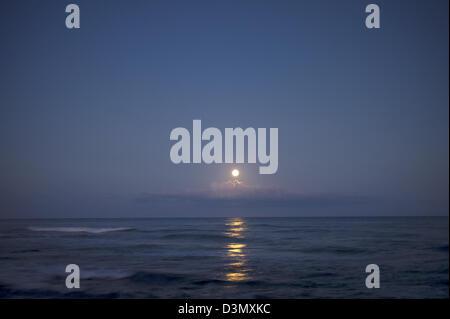 Moonset. Hawaii, The Big Island. - Stock Photo