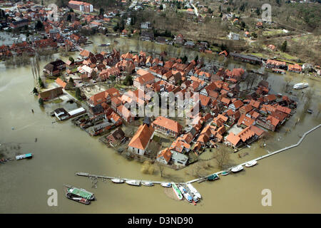 The picture shows the flooded part of the city of Hitzacker, Thursday, 06 April 2006. Approximately one third of - Stock Photo
