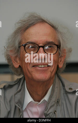 US-American artist Christo presents his new wrapping project 'Over The River' during a press conference at the Picasso - Stock Photo