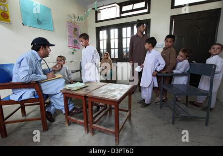 Kokarai, Pakistan, Malteser relief project in a school - Stock Photo