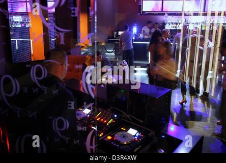 Warsaw, Poland, DJ and dance floor in Nine Club - Stock Photo