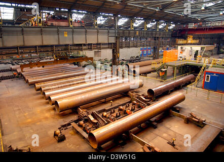 Large pipes photographed at Mannesmann-pipes factory building in Muelheim Ruhr, Germany, 23 May 2006. The factory - Stock Photo