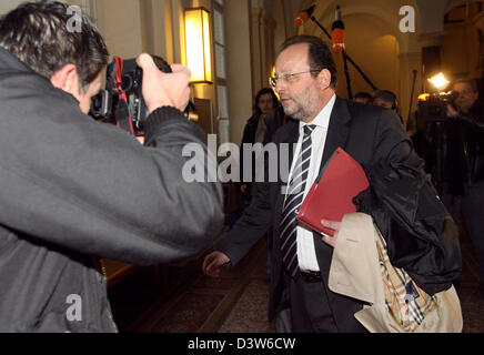 Defence lawyer Ladislav Anisic arrives at the final hearing of the trial against his client Mounir El Motassadeq - Stock Photo