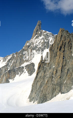 Dent du Geant, Mont Blanc mountain massif, Savoy Alps, France. - Stock Photo