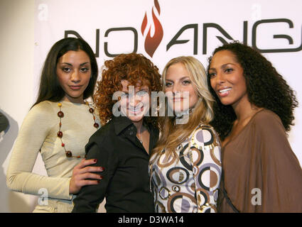 The German pop band 'No Angels', Nadja, Lucy, Sandy and Jessica (L-R), is pictured at a press conference in Munich, - Stock Photo