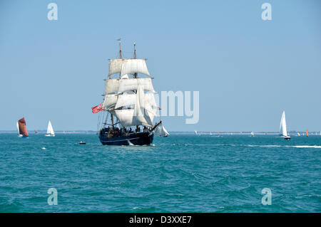 Kaskelot, three-masted barque, built in Denmark in 1948 (Home port : Bristol, UK), sailing in Quiberon bay (Brittany, - Stock Photo