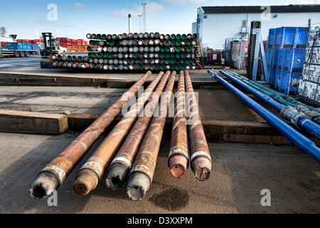 Drilling pipes for oil ready to ship - Stock Photo