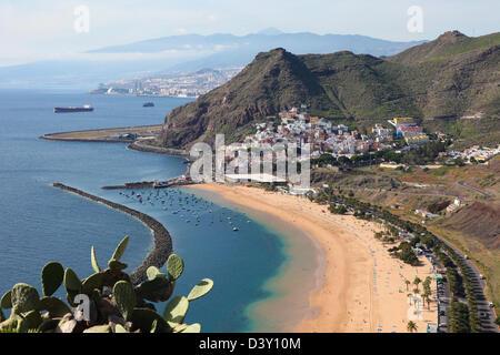 Playa de Las Teresitas, a famous beach near Santa Cruz de Tenerife in the north of Tenerife, Canary Islands, Spain - Stock Photo