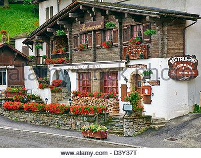 Restaurant Place De L Eglise Megeve