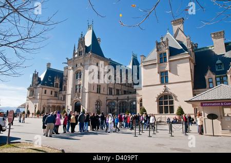 Line of tourists to Biltmore House, Asheville, North Carolina, ,North America ,USA - Stock Photo