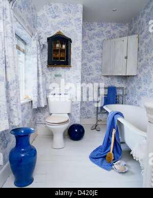 Bon ... Tall Blue Vase In Country Bathroom With Blue+white Toile De Jouy  Wallpaper