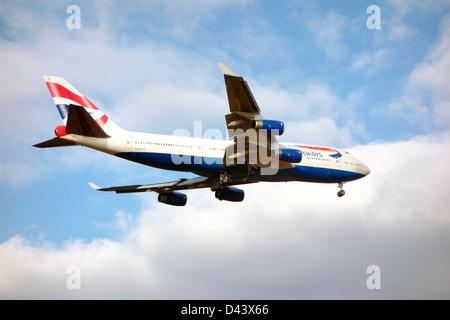 British Airways airplane 747 jumbo jet landing - Stock Photo