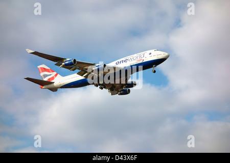 British Airways one world airplane 747 jumbo jet landing - Stock Photo