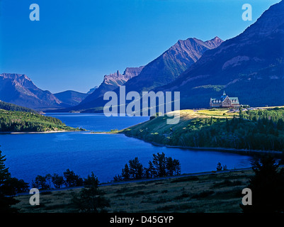 Prince of Wales Hotel with scenic Waterton Lakes National Park, Alberta, Canada. - Stock Photo